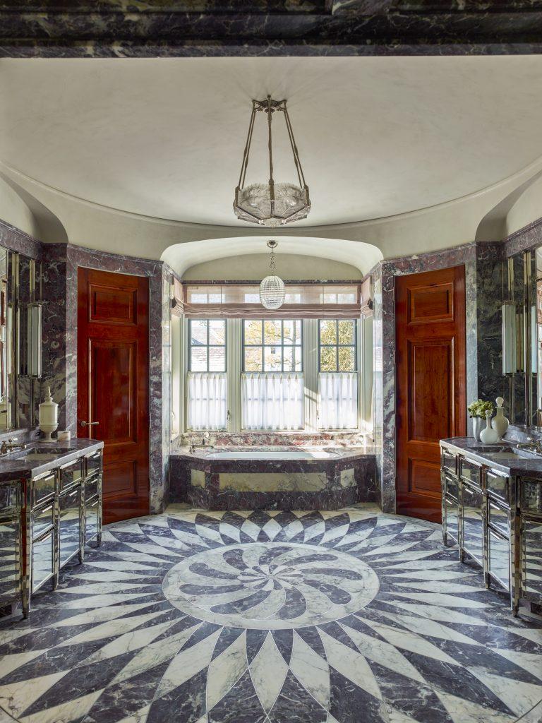 private villa – master bathroom USA